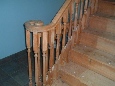 spindles encroach on treads