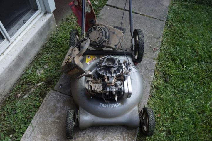 Repair: Lawn mower vs  Tree Stump - Thumb and Hammer