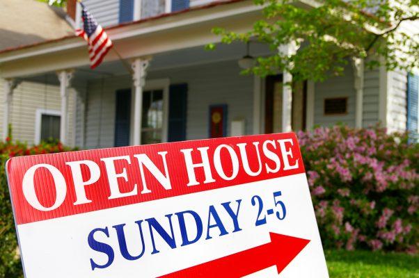 depositphotos: open house
